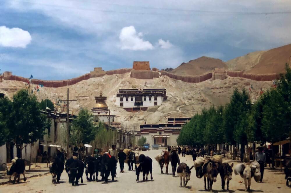 Gyantse streets Tibet