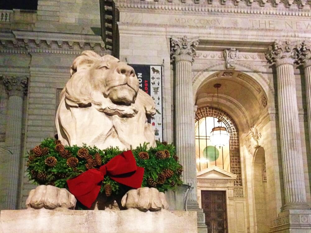 visiting nyc at christmas lions new york public library