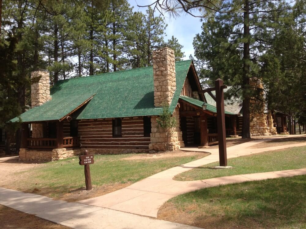 The Lodge at Bryce Canyon cabins
