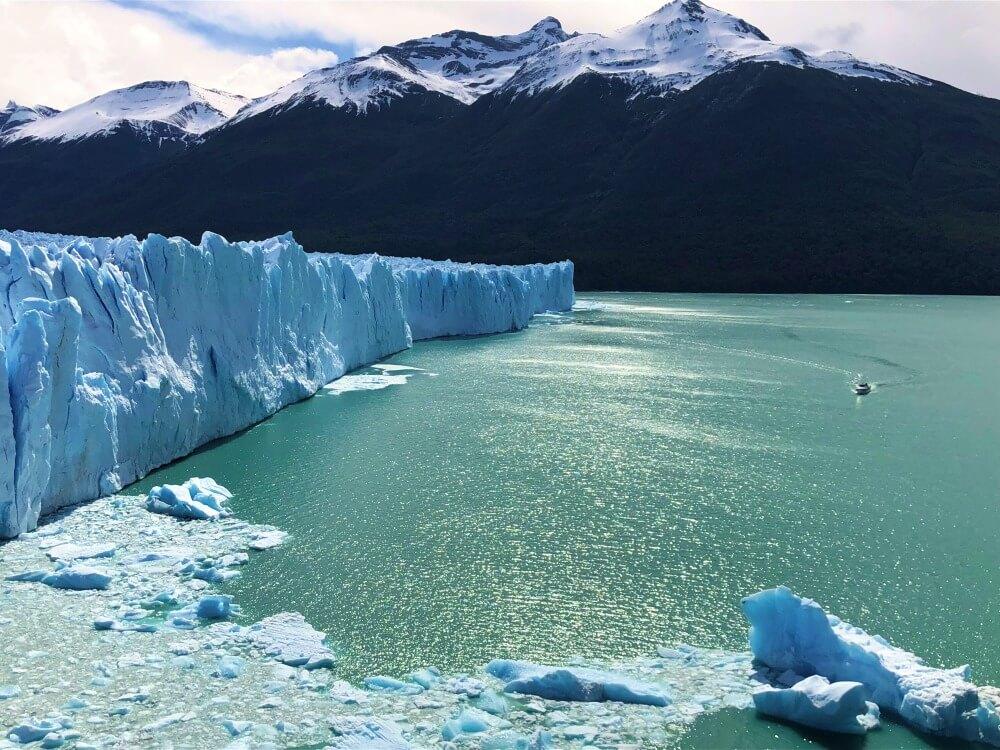 Perito Moreno Boat north face