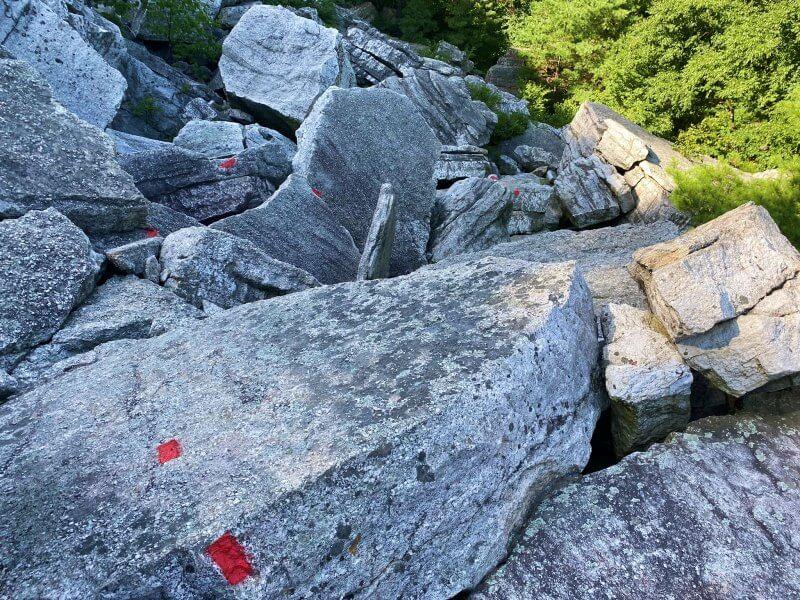 Bonticou Crag rock scramble trail blazes