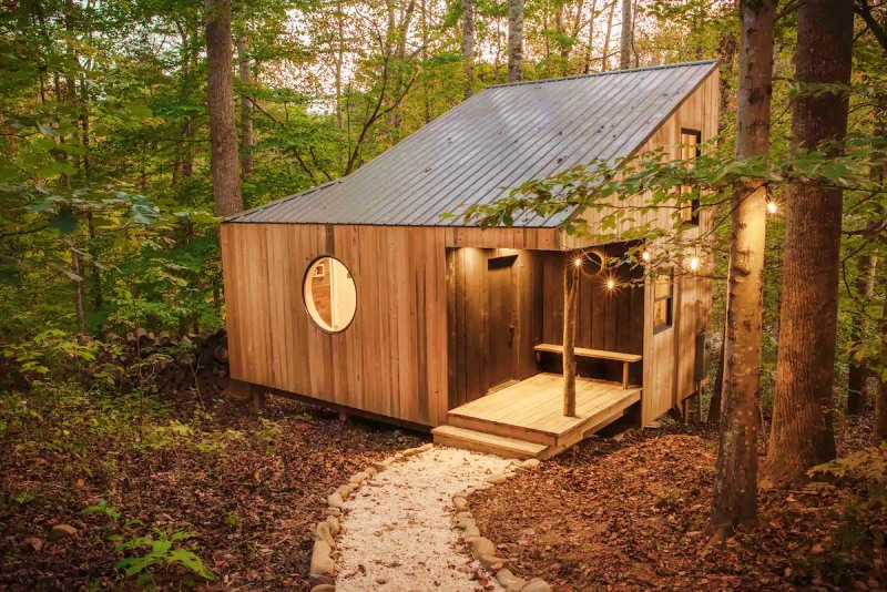 The Nook – handcrafted modern eco cabin near Asheville in the Blue Ridge Mountains